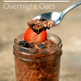 Overnight Oats With Chocolate And Strawberries.