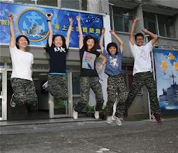 Photo: 今年首辦的「海上生活體驗營」30日開跑,學員熱情迎接精采活動。(軍聞社記者蔡宗恆攝)