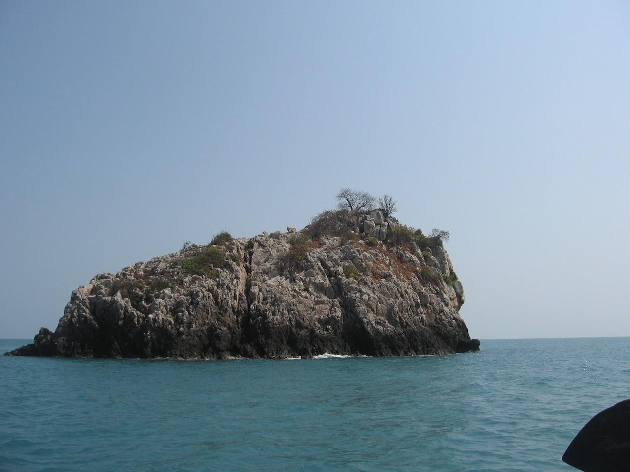 атолл в море у Самуи