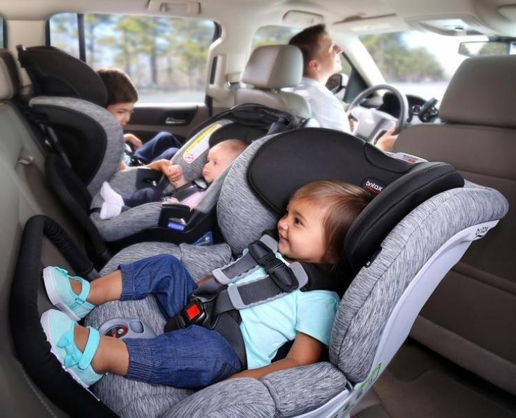 Car-seat-progression-Britax-blvd-ARB-spark_1000x600_crop_center.jpg