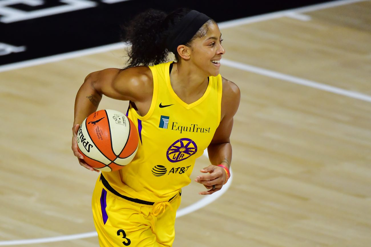 PALMETTO, FLORIDA - AUGUST 19: Candace Parker #3 of the Los Angeles Sparks dribbles during the first half of a game against the Phoenix Mercury at Feld Entertainment Center on August 19, 2020 in Palmetto, Florida. (Photo by Julio Aguilar/Getty Images)