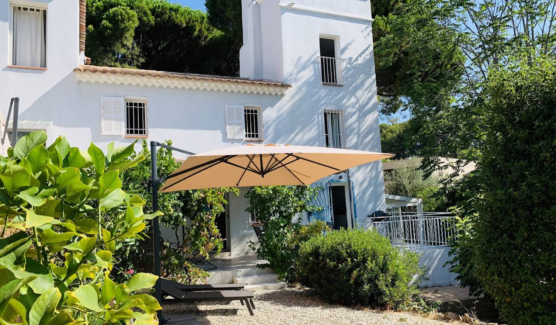 Maison en bord de mer avec jardin Bandol