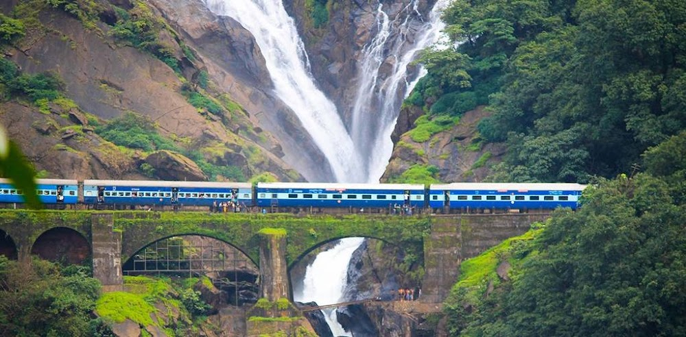 best-places-to-visit-in-goa-dudhsagar-falls_image