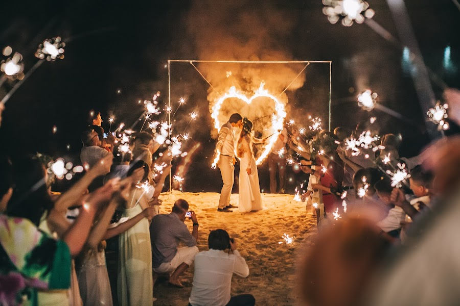 Wedding photographer Roman Pervak (Pervak). Photo of 30.08.2016