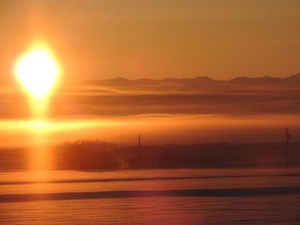 黎明のひし形の太陽