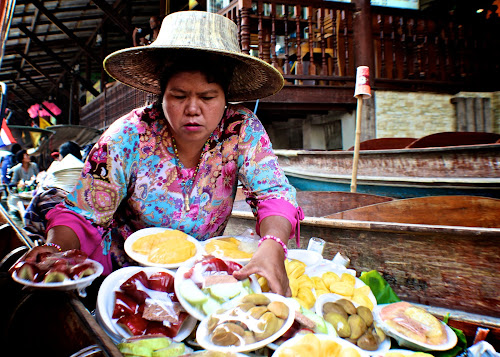 Selling Fruits on a Floating Market by Kai Jian - Novices Only Street & Candid