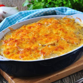 No-Fuss Cheesy Vegetable Casserole