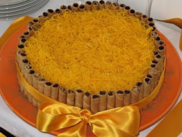 Bolo De Amendoa Com Doce De Ovos Recipe