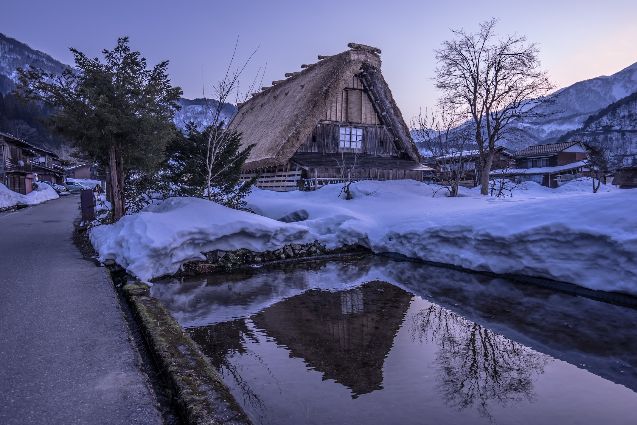 Shirakawa-go evening view3