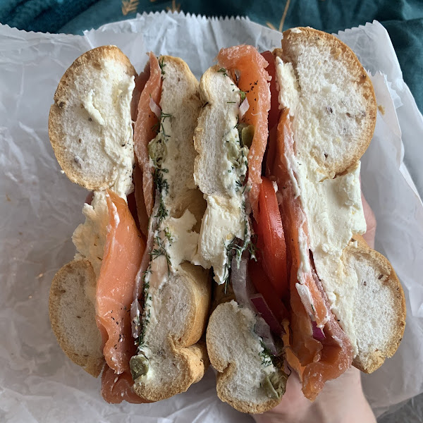gf bagel with cc, lox, capers, onions, & tomatoes