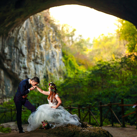 Wedding photographer Voinea Bogdan (BogdanVoinea). Photo of 23.10.2018