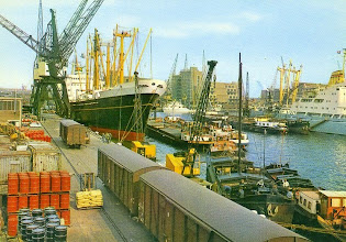 Photo: unknown HAL ship in Rotterdam (possibly KORENDYK) Holland-America Line