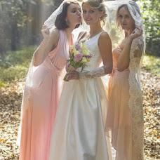 Wedding photographer Vika Tolmacheva (Viko). Photo of 14.09.2013