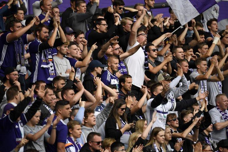 """Les mauvais résultats d'Anderlecht : """"Il y a dix ans, le stade aurait été en feu"""""""