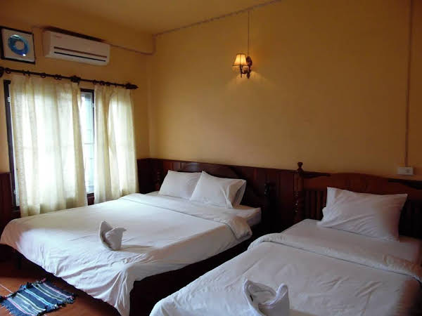 Mountain Riverview Guesthouse