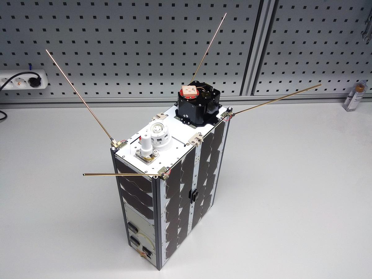 Satellite con conectividad LPWAN desarrollado por Lacuna Space