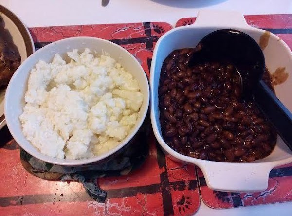 Mashed cauliflower and baked beans