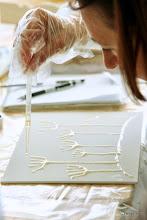 Photo: Рисуем на холстах смолой Crystal Resin Pebeo: http://www.sangina.ru/catalog/detail/22672_epoksidnaya_massa_s_effektom_glazuri_glazing_resin_dvukhkomponentnaya_150_ml/