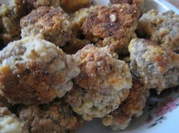 Aunt Marjorie's Sausage Balls Recipe