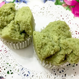 Steamed Matcha Rice Cake.