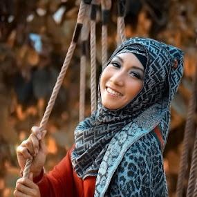 danela's hijab by Bonifasius Wahyu Fitrianto - People Portraits of Women ( models )