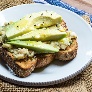 Chickpea Spread for Avocado Toasts