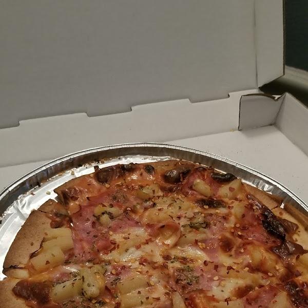 Photo from Serra's Pizzeria