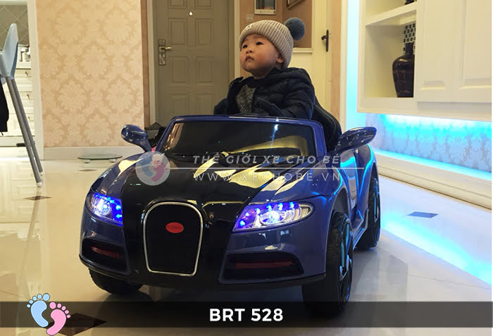 Xe hơi điện cho bé RBT-528 12