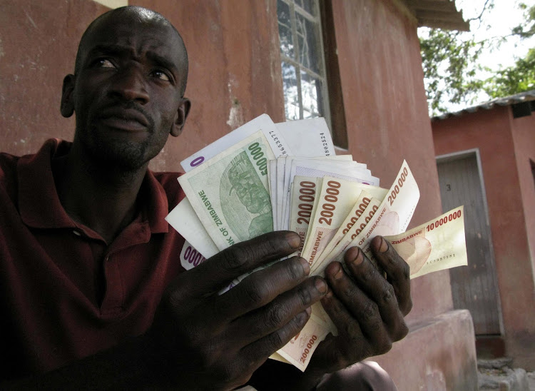 Zimbabwe government simply can't afford US dollar salaries – here's why
