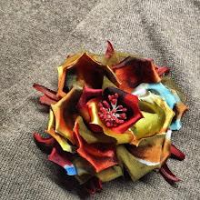 Photo: Цветок на платьеиз ткани деворе