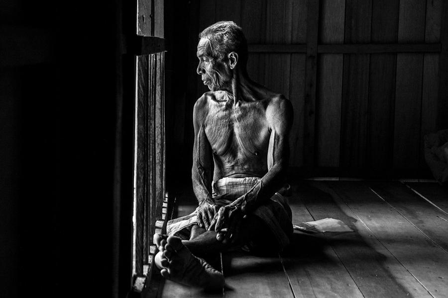 by Mohd Izzat Ahmad - People Portraits of Men ( pwcwindow )