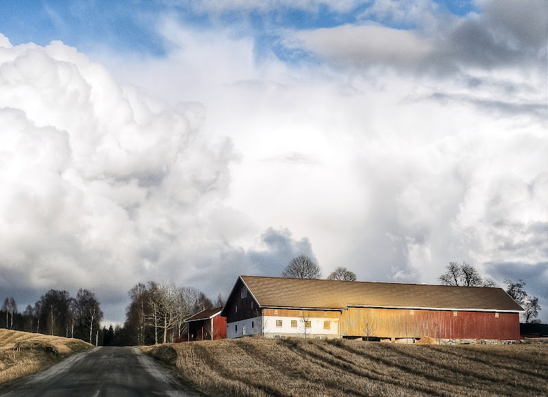 "Photo: ""Farmland Storm"" - Close to Lyseren, Østfold  #Norway #østfold #farm #storm   More pictures in my personal profile: https://plus.google.com/u/0/photos/101348397943983026449/albums And in my FB page: https://www.facebook.com/GunnarKopperudPhotography"