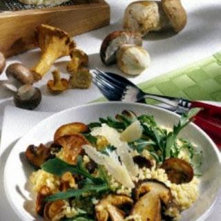 Bulgur-Pilzpfanne mit Parmesan