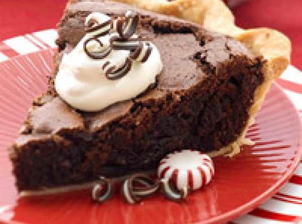 Peppermint Brownie Pie