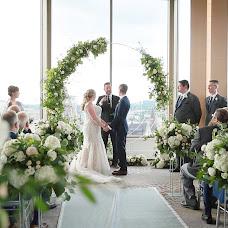 Wedding photographer Bethany Barrette (Greyloftstudio). Photo of 15.08.2019