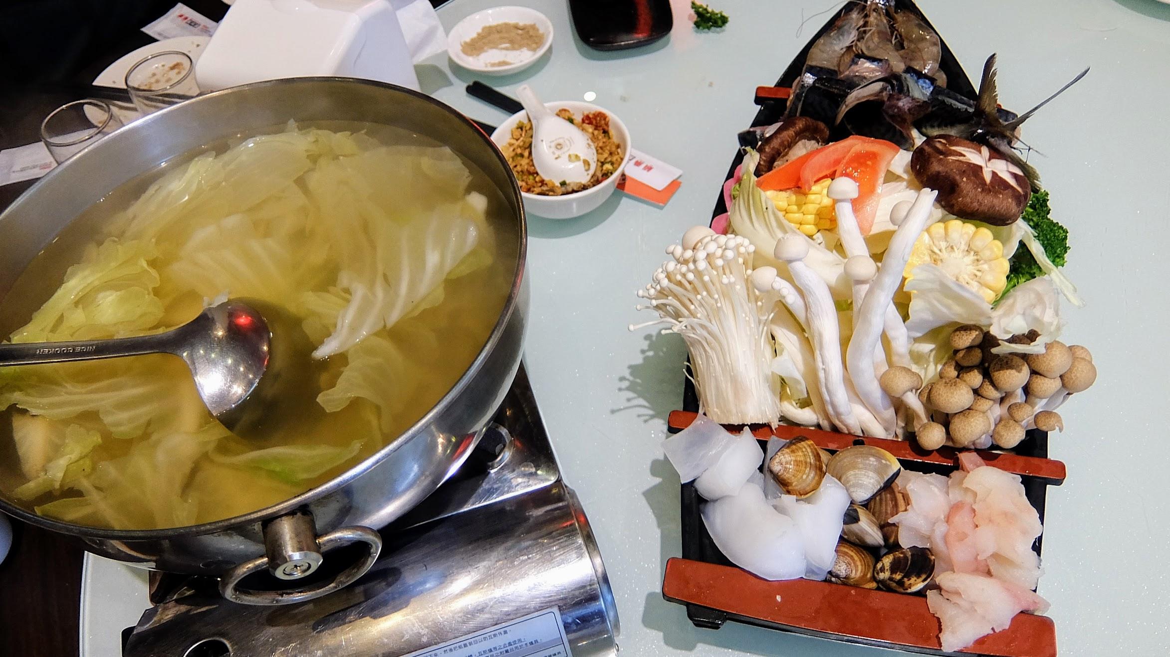 龍船海鮮鍋,看起來很澎湃啊