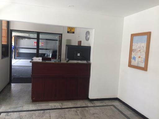 Apartamento en Arriendo - Bogota, Batan 642-4606