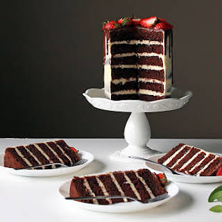 Chocolate Cake With Vanilla Buttercream Frosting Recipes.