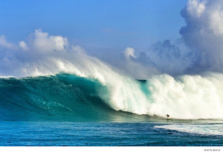 Photo: Dave Wassel, Jaws. Photo: Noyle #surferphotos