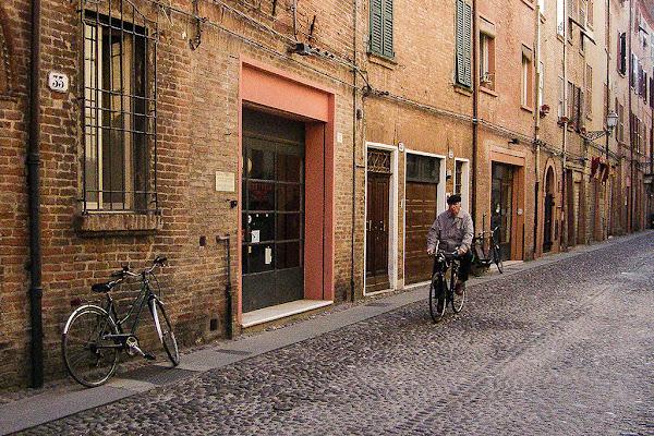 ciclista solitario di tispery