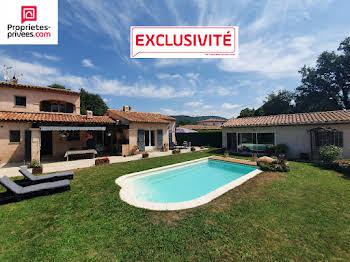 Villa 5 pièces 179 m2