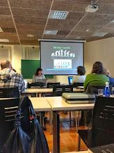 """Photo: """"Electrònic vs. paper?"""" per Laura Borràs"""