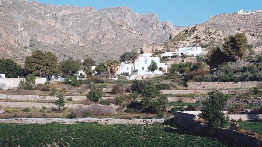 La Jacaranda es una residencia artística multidisciplinar ubicada en la Villa de Níjar.