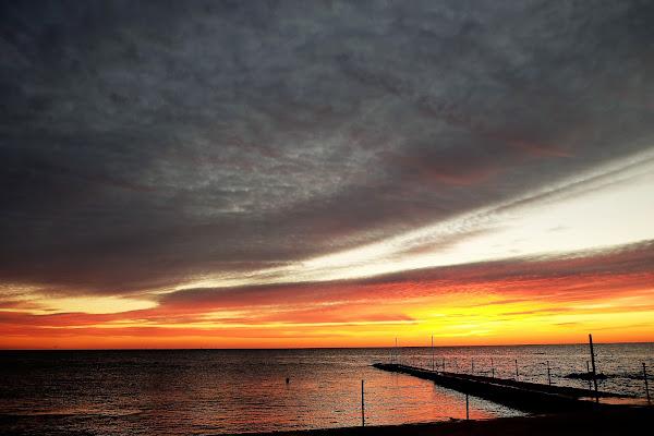 Nuvole sul molo di RobertoB