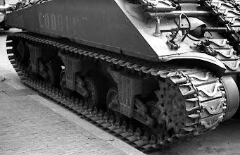 Photo: 0009.Bevrijdingsparade op de Laan van Meerdervoort. 21  mei 1945.  http://www.loki-travels.eu/