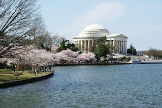 Photo: The Jefferson Memorial