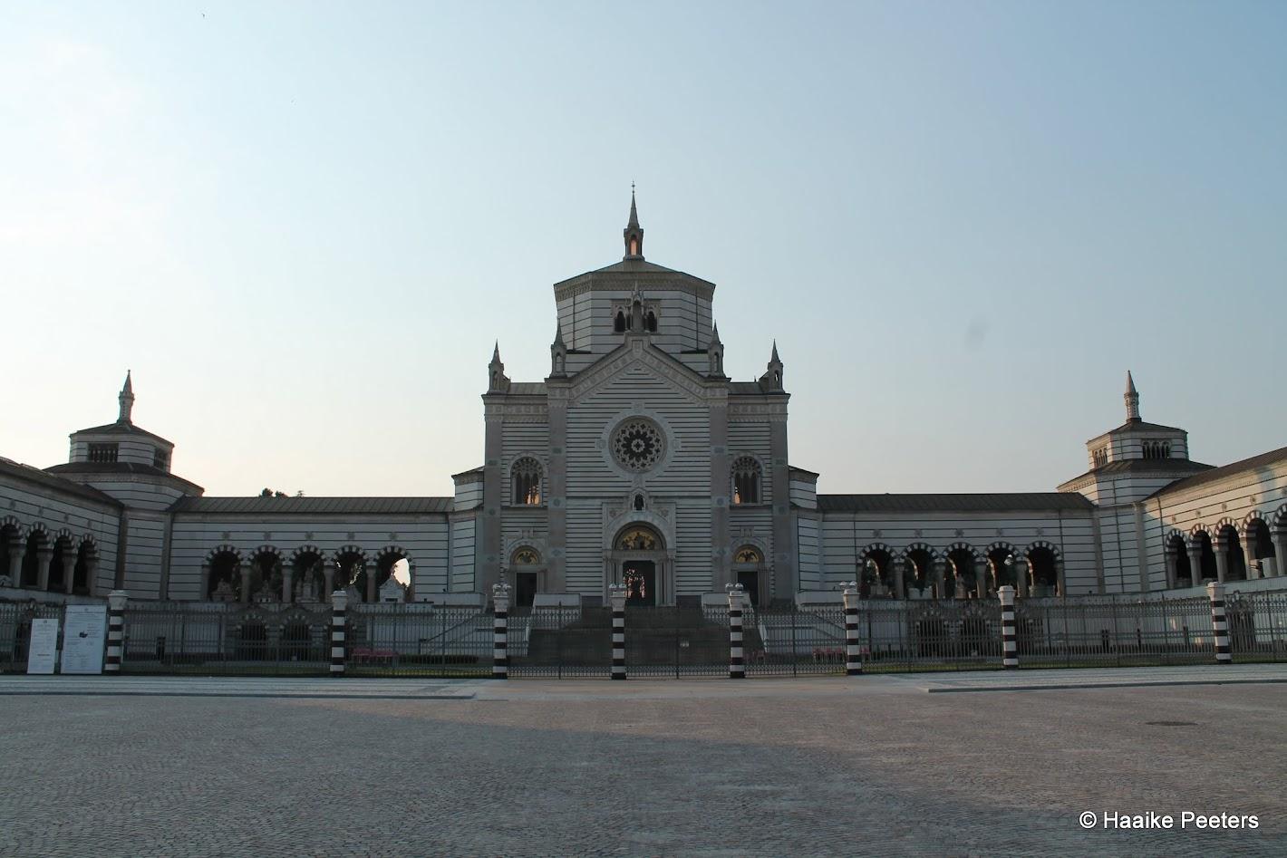 Cimitero monumentale Milano (Le petit requin)