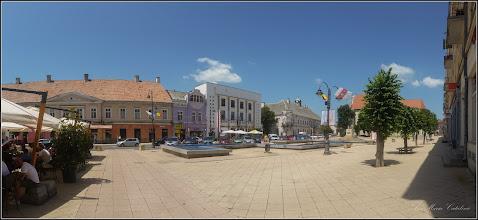 Photo: Turda- Piata Republicii, Nr. 5 - Fosta Judecatorie si Nr. 6 Hotel Potaissa, 7, casa monument istoric, vedere de ansamblu  - 2019.06.30