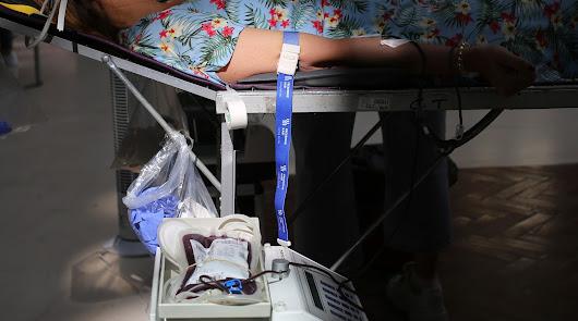 Llamamiento a la donación de sangre y plasma en verano