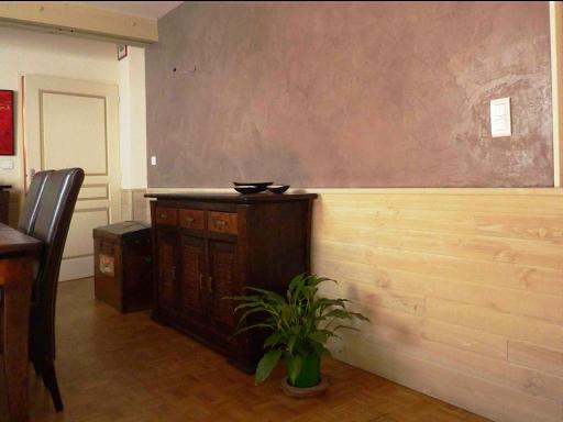 salon murs en béton ciré